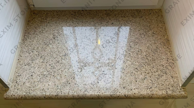 подоконник в ванную комнате из китайского гранита